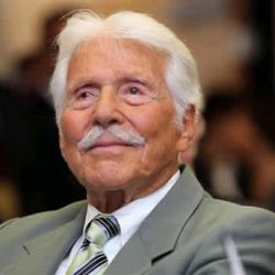 Efrem Zimbalist Jr. The Voice of Batman's Alfred, Passes Away at 95